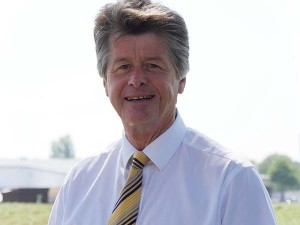 Gwyn Jones is to chair the RUMA Companion Animal and Equine Group